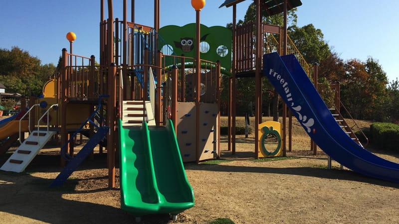 みやま公園新遊具のすべり台